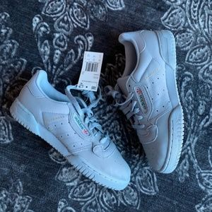Adidas Yeezy Powerphase Grey Calabasas Sneakers